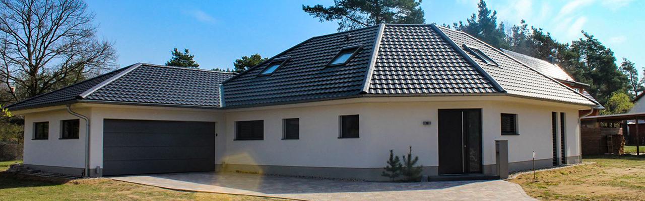Willkommen auf der Internetpräsenz der Firma DACH+ Dachdecker Pieschel.